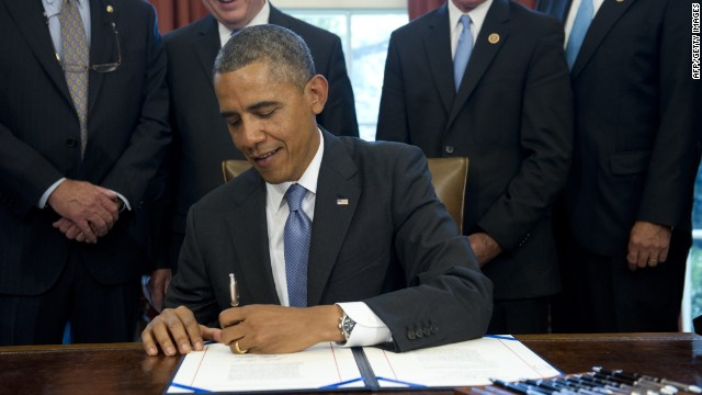130809150605-obama-loans-signing-story-top